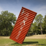 Deleu, Luc; The Container, 2011