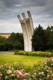 Airlift memorial